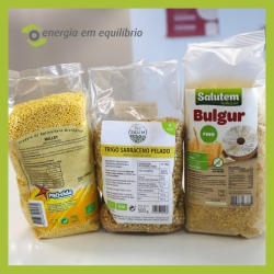 👉 Temos disponível na nossa loja online ou física substitutos saudáveis, baixos em gordura como o Millet, trigo sarraceno e Bulgur. ⠀⠀⠀⠀⠀⠀⠀⠀⠀⠀ ⠀⠀⠀⠀⠀⠀⠀⠀⠀⠀ Ricos em fibras, proteínas e minerais, como fósforo, magnésio, potássio, ferro e zinco, sendo considerados alimentos bastante nutritivos. ⠀⠀⠀⠀⠀⠀⠀⠀⠀⠀ #energiaemequilibrio #bemestar #bulgur #millet #trigosarraceno #produtosnaturais #produtosbiologicos #vegan #organico #aveiro #lojaonline
